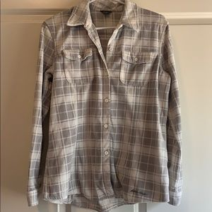 Eddie Bauer Button Down MicroFleece Large